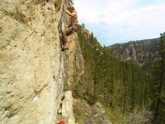 Rock Climbing Photo: Reggie screams out on Battlecry, 5.12c Indian Wars...