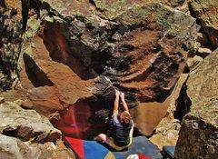 Rock Climbing Photo: Start beta for Quantum Thrust.