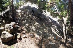 Rock Climbing Photo: Showing the start