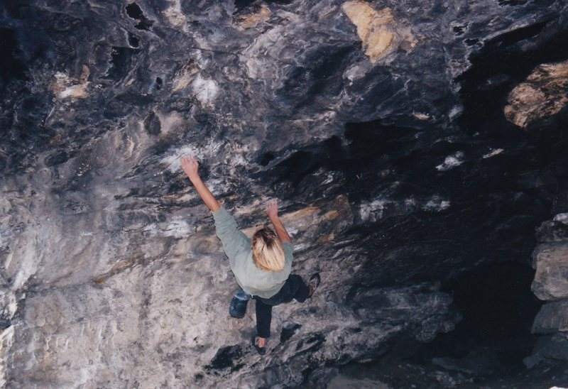 Rock Climbing Photo: Starting the boulder problem.