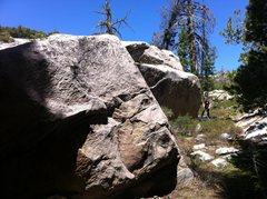 Rock Climbing Photo: Trailside Boulder 1