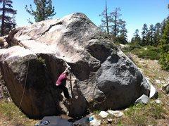 Rock Climbing Photo: Trailside Boulder 2