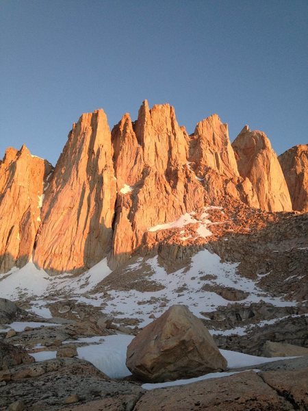 Rock Climbing Photo: Alpenglow on Aiguille Extra, Third Needle, Day Nee...