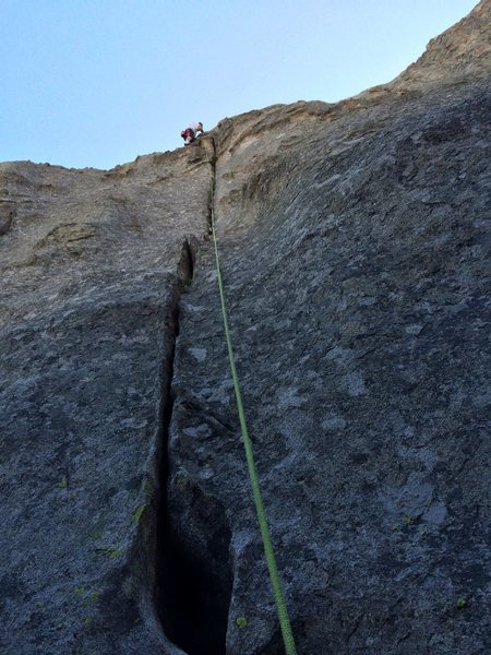 Rock Climbing Photo: Where the crack ends and the slab begins.  About h...
