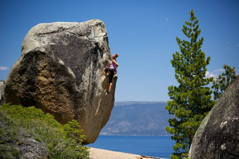 Rock Climbing Photo: Hannah Michelle on Rusty Nail. Photo by Samuel Cro...