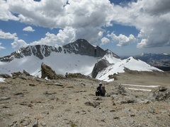 Rock Climbing Photo: Jeff enjoying view of Mt. Conness North Face and N...