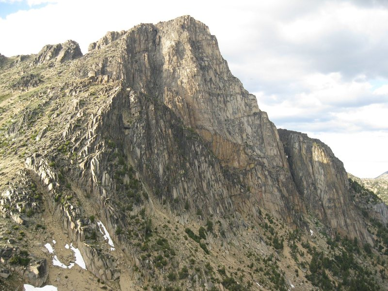 """SW Face of Cathedral Pk. (and """"The Monk"""" on the far lower right) from the North Ridge of Amphitheatre Mtn.."""