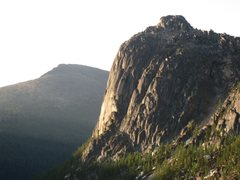 Rock Climbing Photo: NE Face of Amphitheatre Mtn from Cathedral Pass.