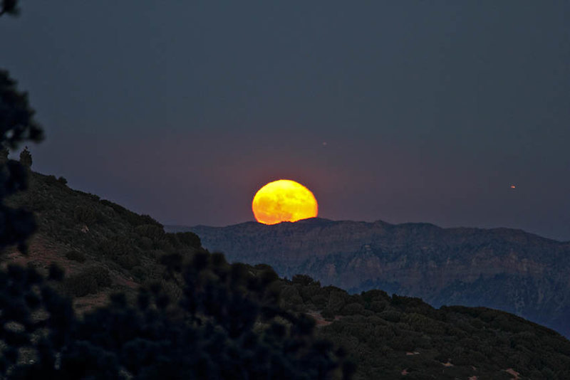 Rock Climbing Photo: Friday the 13th [near] Full Moon from the Enlighte...