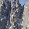"Late fall picture of ""Mostly Dead"". The yellow line shows the full ridge route, while the red shows the standard route."