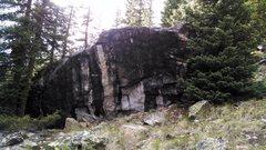 Rock Climbing Photo: East side of Yardstick.