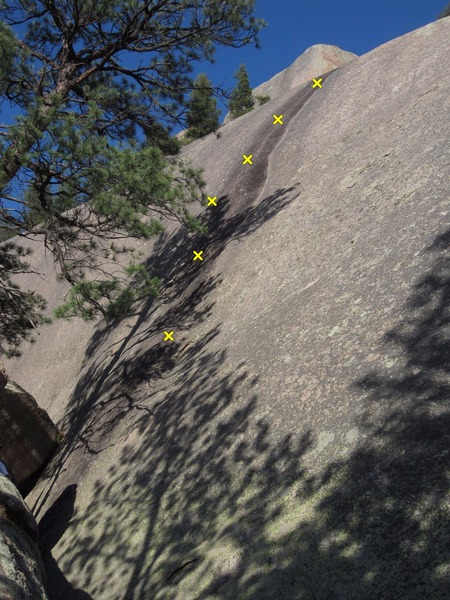 Rock Climbing Photo: All 6 bolts can be seen here, then don't slip for ...