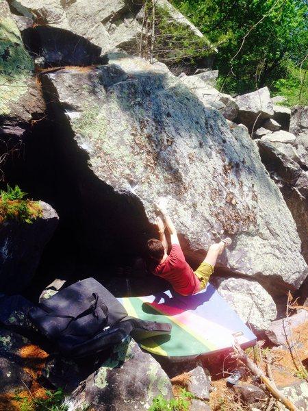 Rock Climbing Photo: Jeremy one move into Shoo Fly.  Problem starts wit...