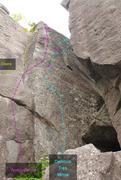 Rock Climbing Photo: 689 Diedre Ambivalence Delirium tres mince