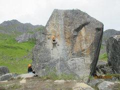 Rock Climbing Photo: Banana Show- Nugget Boulder, Hatcher Pass, AK