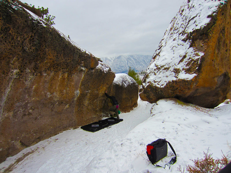 Rock Climbing Photo: East Side. The Alcove in winter 2013