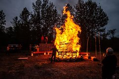 Rock Climbing Photo: Just a good old pallet fire.