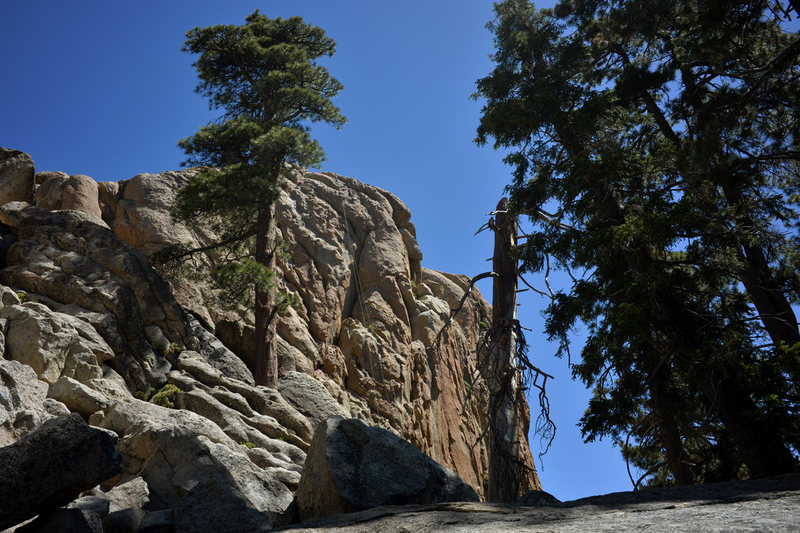 Rock Climbing Photo: Southwest Face of Castle Rock.   The climbing rope...