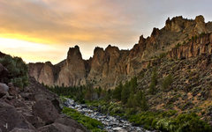 Rock Climbing Photo: Looking toward the Monument Area from the Lower Go...