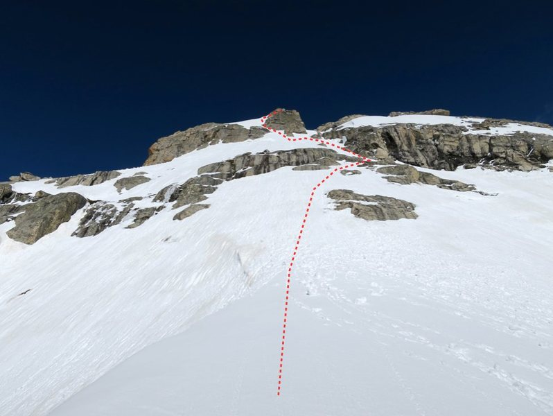 Rock Climbing Photo: Our route from the dike col to south summit.
