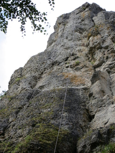 A clearer view of the upper section of Drachenwand. The crack on the right hand side of this picture (look up at the top at the flat right-facing wall and follow it down) is Stachelriss.