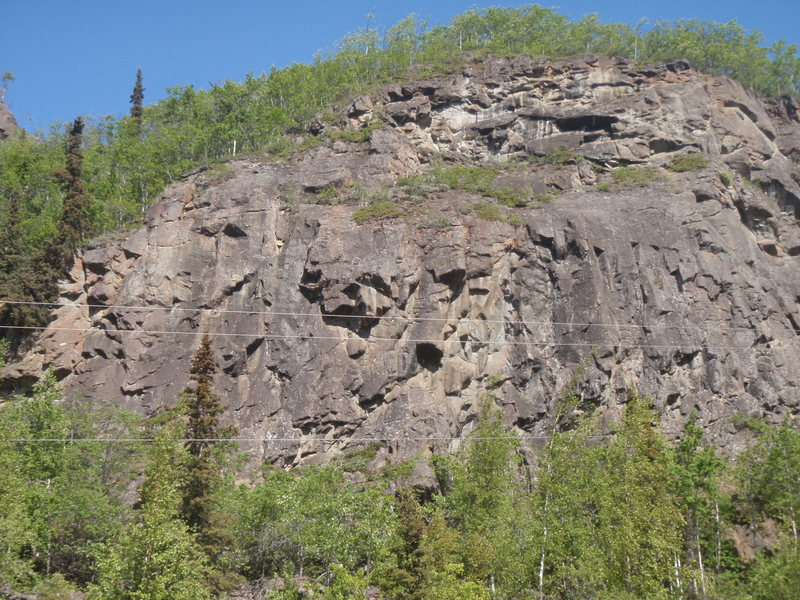 Rock Climbing Photo: This is the left side of Creekside Cliff.