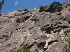 Rock Climbing Photo: Climb under the small blocky roof and up a dihedra...