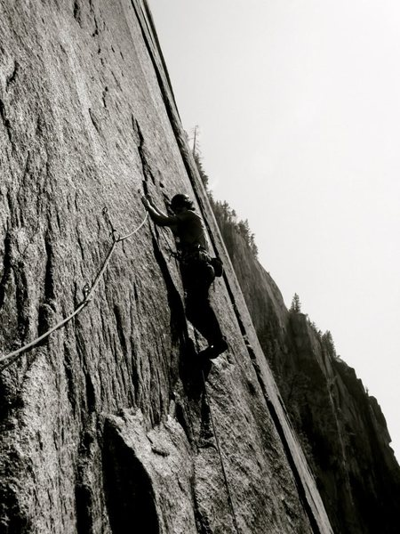 partner on cruel shoes 10d, squamish chief ... 9.5 mm infinity main, 8mm phoenix tag<br> <br> his photo, not mine, even though i took it at the belay on his camera