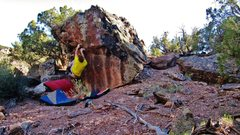 Rock Climbing Photo: Start beta of Hit The Slit.