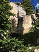Rock Climbing Photo: Sweet V4 up the black streak.