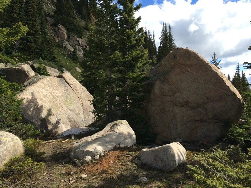 Rock Climbing Photo: Good slabs and cool arete slopers.