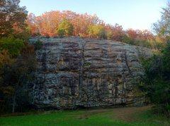 Rock Climbing Photo: The beautiful Shelter 1 Bluff in mid fall