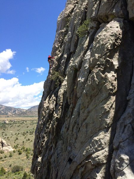 Seventy-seven year old George Urioste climbs Gargoyle Gardens and High Desert.   Two routes in one great long pitch.<br> <br> Photo by Jayne Miller