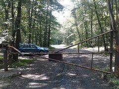 Rock Climbing Photo: Main Wall parking lot. Goldmine Road is 40 feet pa...