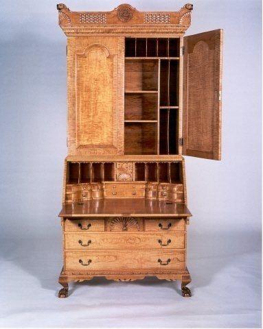 Dunlap Style Bookcase on Desk