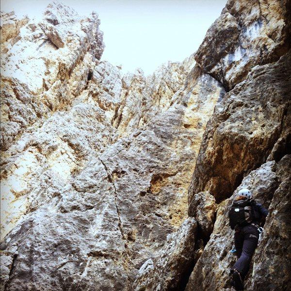 Climbing Via Rossi-Tomasi on Piz Ciavazes.