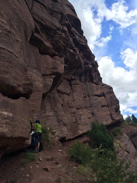 Rock Climbing Photo: Setting up at the base or Airball.