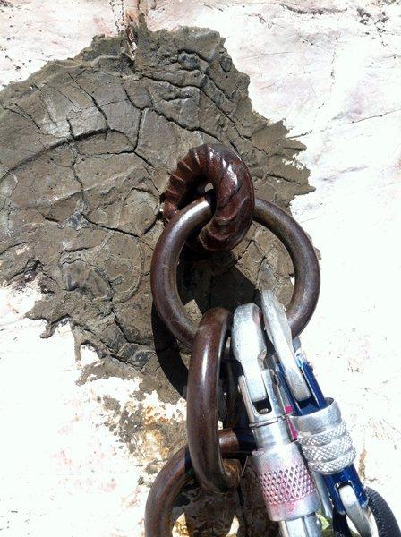 Rock Climbing Photo: Cemented anchors on Mariakante.