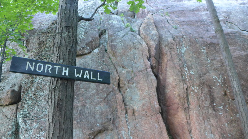 Rock Climbing Photo: North Wall and it's clean granite.