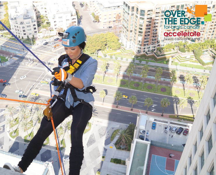 Rappel 365 ft. in San Diego for brain cancer research!