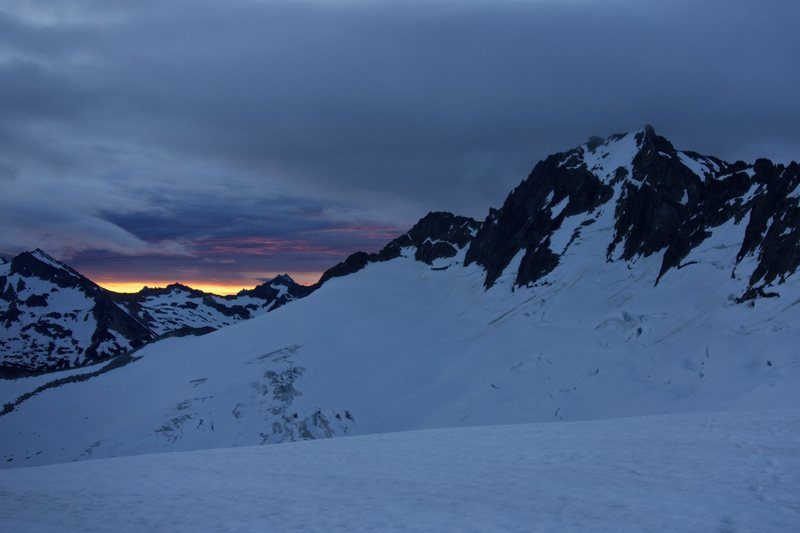 Rock Climbing Photo: Mount Buckner's North Face at dawn