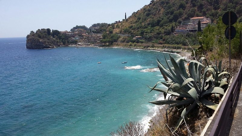 Rock Climbing Photo: A view of the beach from where I parked. At this p...