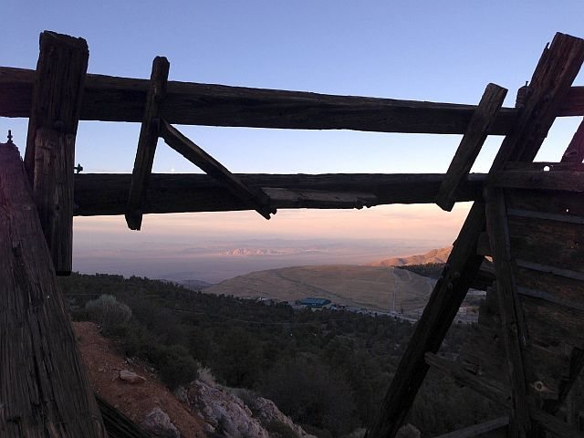 The view from the Lucky Baldwin Stamp Mill to Cougar Buttes (3N16), San Bernardino Mountains