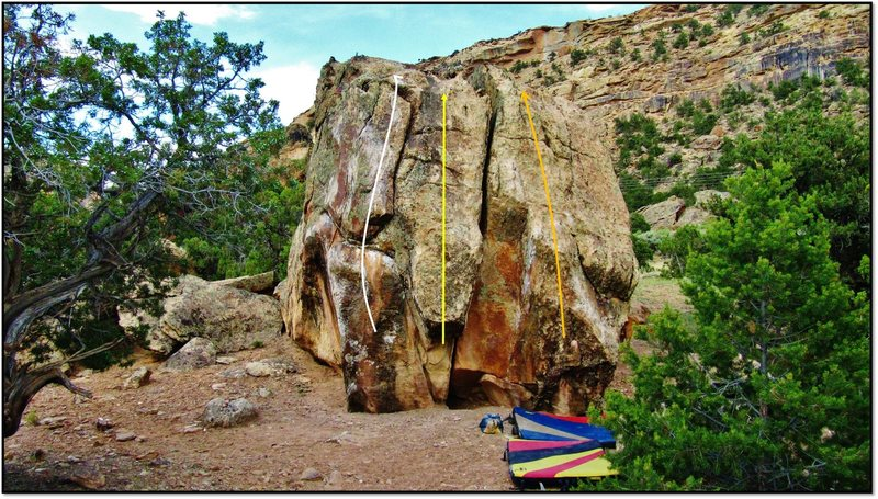 Blacked Out Boulder south face problems: Weapon of Walt (V3) in white, Shin Guard (V1/2) in yellow, and Real Reptilian (V2) in orange.