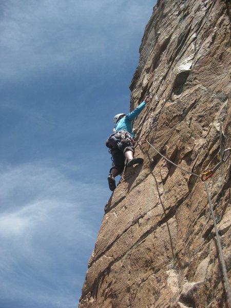 Rock Climbing Photo: 2nd pitch of Sun & Steel. Very good pitch.
