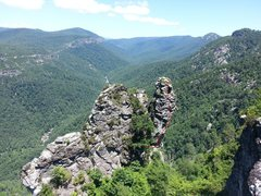 Rock Climbing Photo: The SE arete. Routes also exist down the hill to t...
