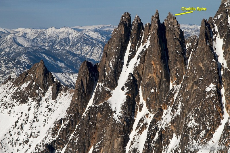 Rock Climbing Photo: The wine spires from the west. Chablis is the furt...
