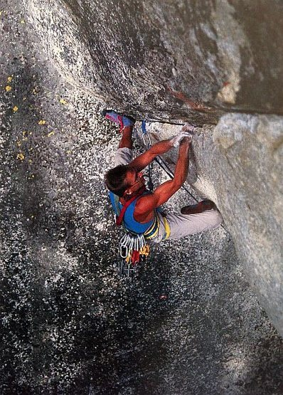 Ed Barry flashing Cowabunga (5.12b), Tuolumne Meadows