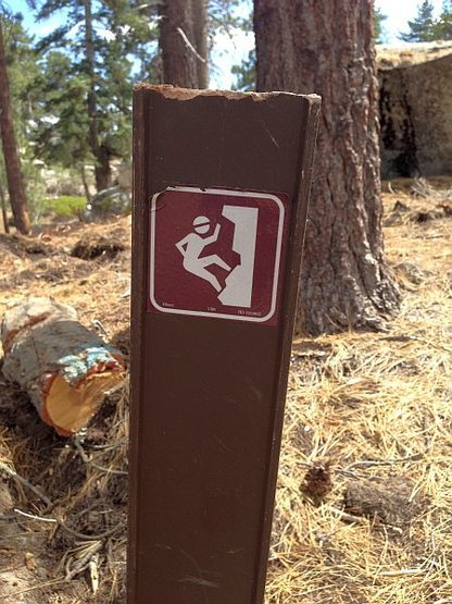 Trail marker on the way to Black Bluff,  San Bernardino Mountains