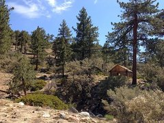 Rock Climbing Photo: Coon Creek Cabin (1N02), San Bernardino Mountains